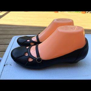 Hush Puppies Women's Black Slip On Sandals Size 4M
